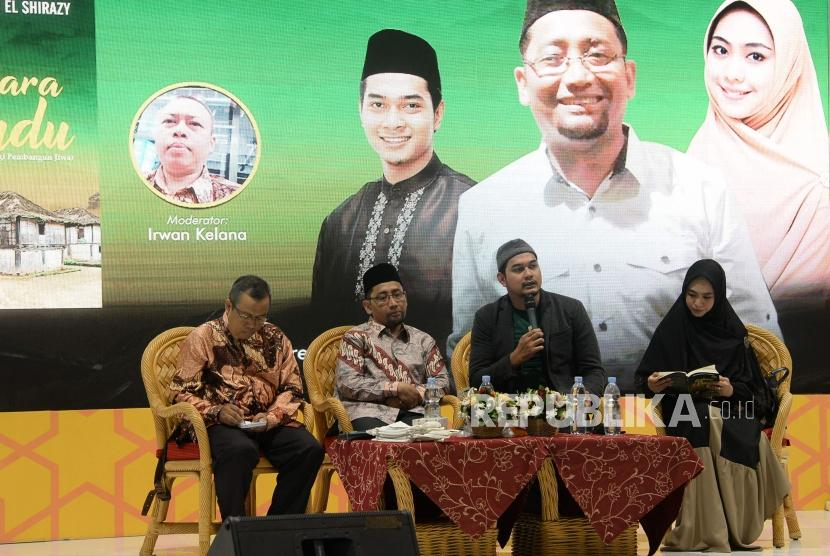 Kang Abik Jelaskan Lampung Jadi Setting Novelnya