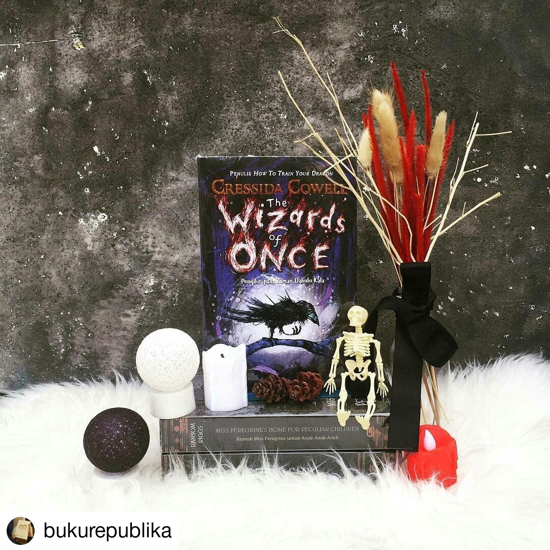 Resensi Novel The Wizard of Once